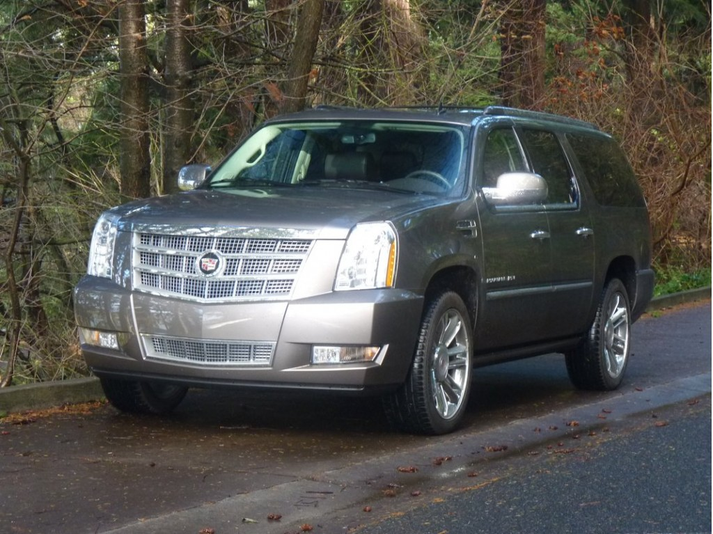 2011 cadillac escalade esv driven. Black Bedroom Furniture Sets. Home Design Ideas