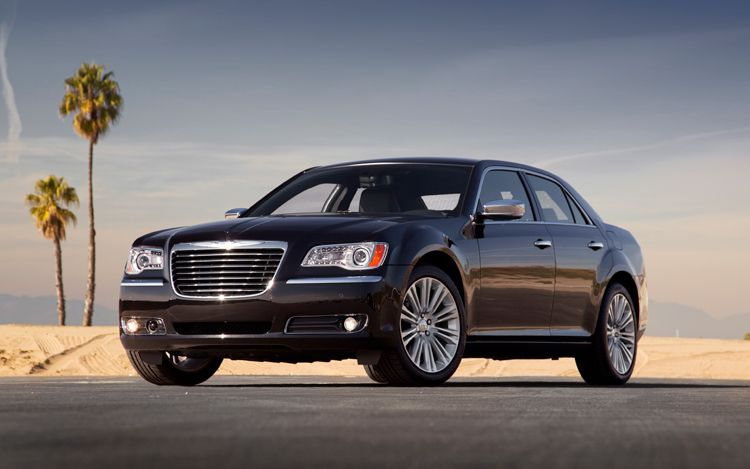 комплектация седана Chrysler 300C