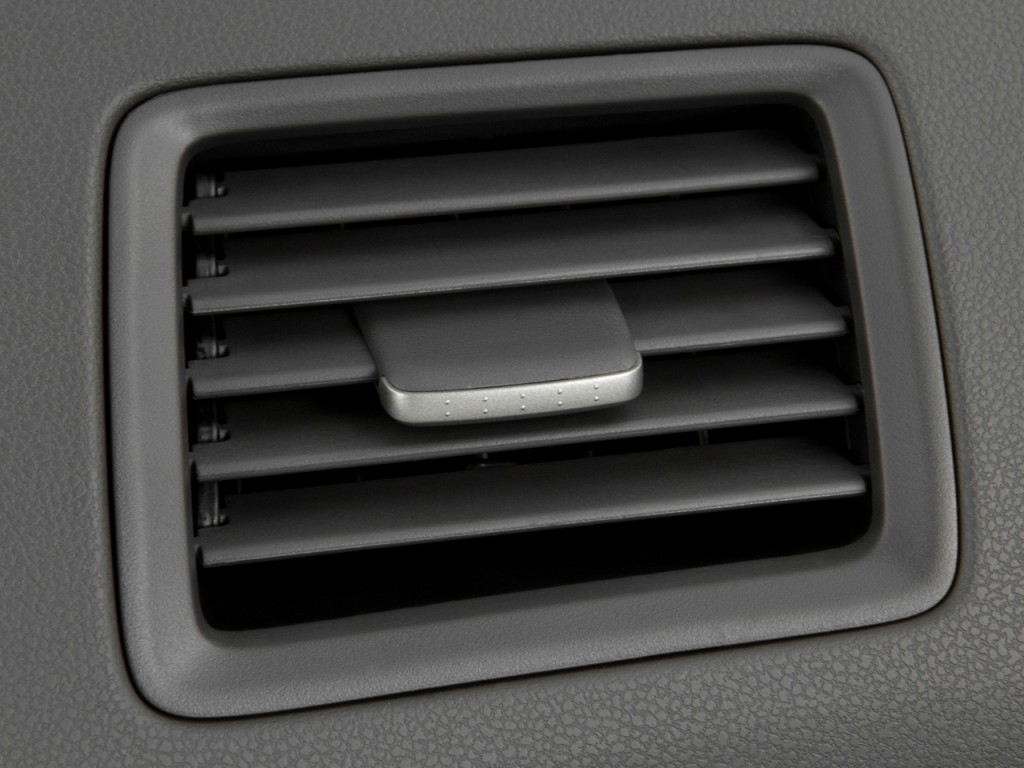 Air Vents 2011 Honda Civic Hybrid #56544E