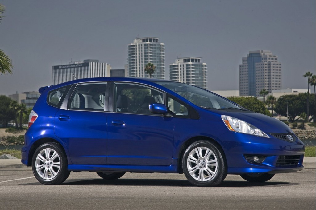 2011 honda fit pictures photos gallery   green car reports