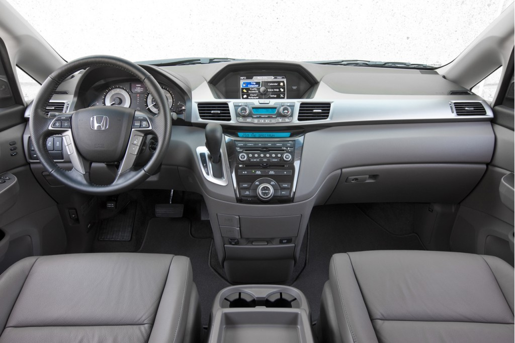 how to connect ipad to honda odyssey 2016