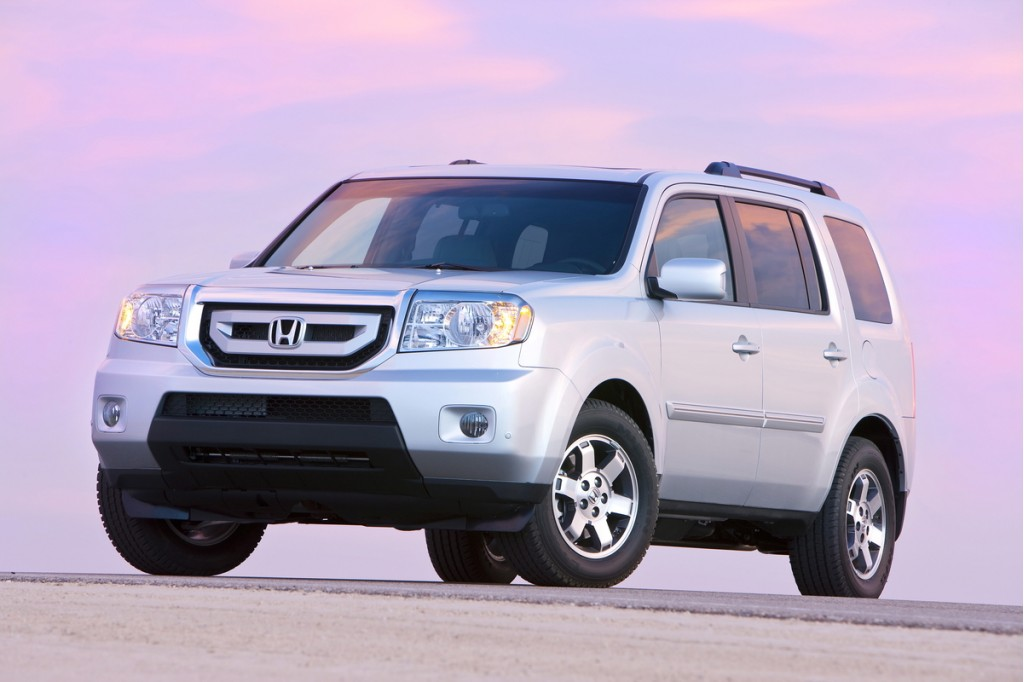 2011 honda pilot pictures photos gallery green car reports. Black Bedroom Furniture Sets. Home Design Ideas