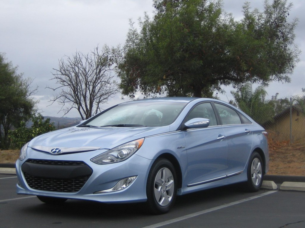 hyundai sonata hybrid delay deciding to make it make noise always. Black Bedroom Furniture Sets. Home Design Ideas
