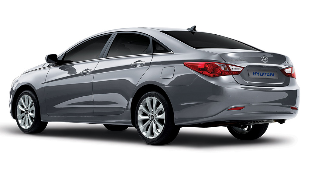 hyundai 39 s new direct injection four cylinder to debut on 2011 sonata. Black Bedroom Furniture Sets. Home Design Ideas