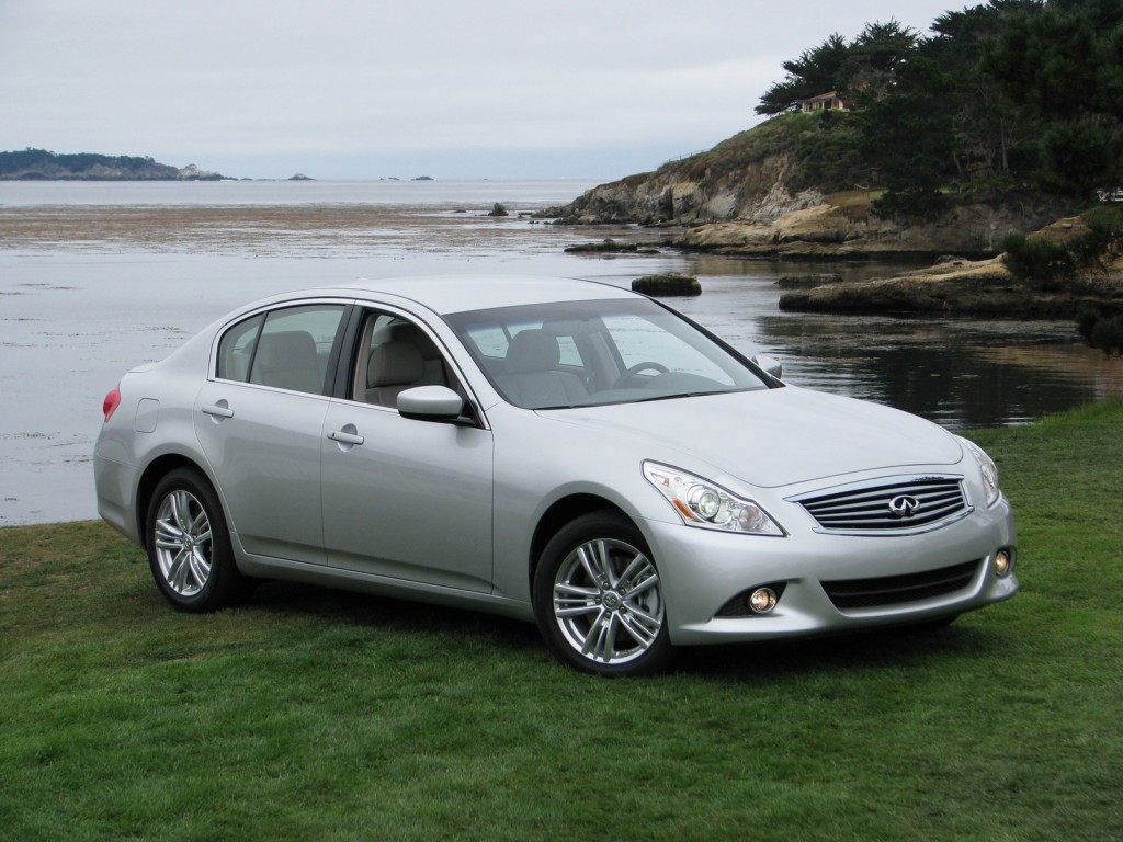 2011 infiniti g25 on sale now starts from 30 950. Black Bedroom Furniture Sets. Home Design Ideas