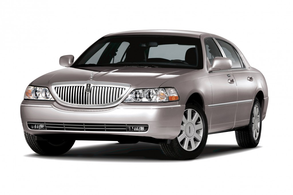 2011 Lincoln Town Car Picturesphotos Gallery Motorauthority