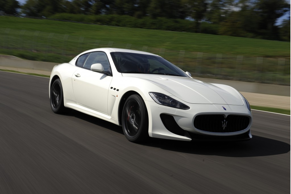 2011 maserati granturismo pictures photos gallery green. Black Bedroom Furniture Sets. Home Design Ideas