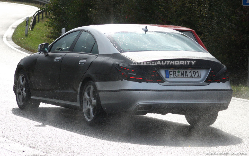 2011 Mercedes-Benz CLS spy shots