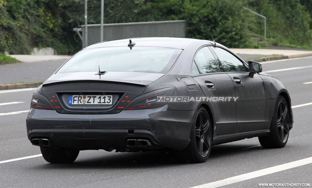 spy shots 2011 mercedes benz cls63 amg