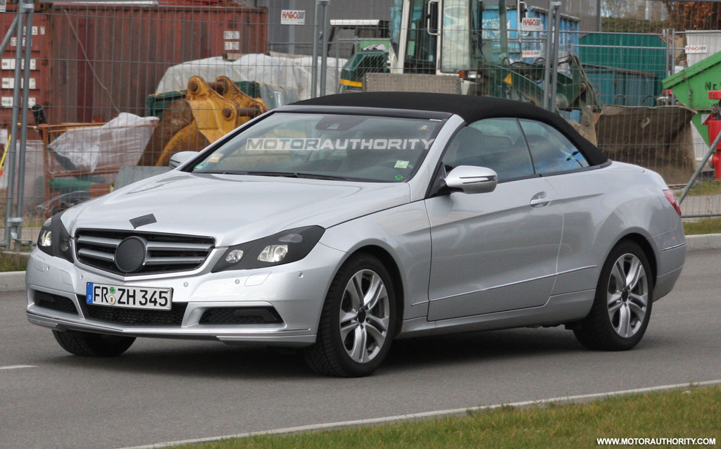 Spy shots 2011 mercedes benz e class convertible for Mercedes benz e350 convertible 2011
