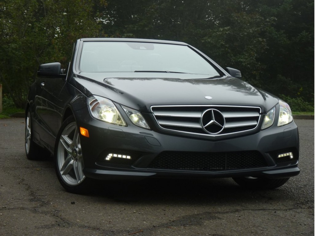 2011 mercedes benz e class pictures photos gallery green car reports. Black Bedroom Furniture Sets. Home Design Ideas