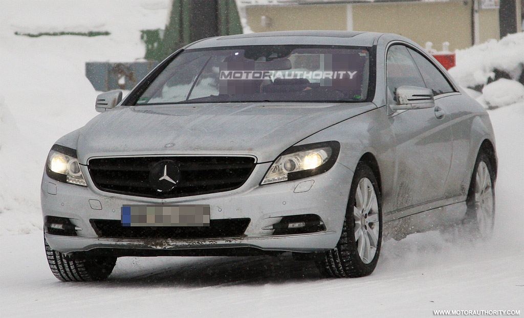 Spy shots 2011 mercedes benz s class coupe for 2011 mercedes benz s class