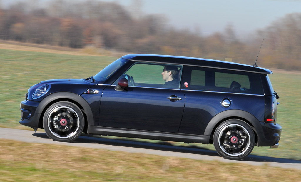 2011 mini cooper clubman pictures photos gallery green car reports. Black Bedroom Furniture Sets. Home Design Ideas