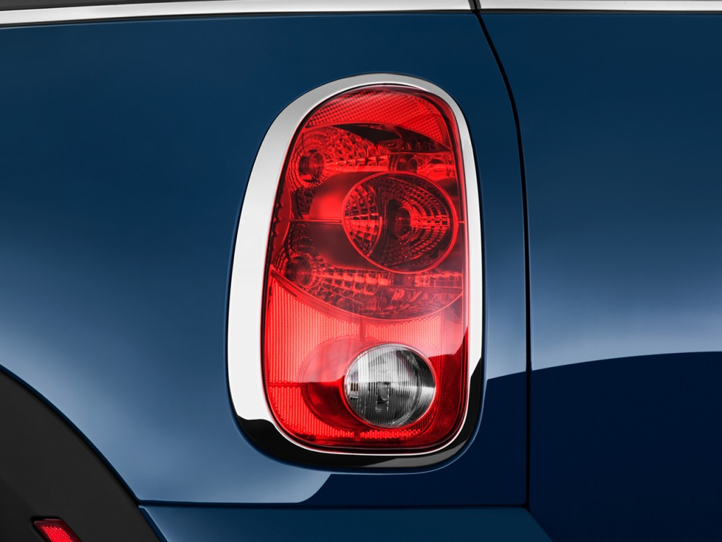 Image 2011 Mini Cooper Countryman Fwd 4 Door S Tail Light