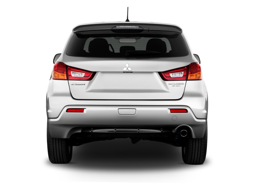 2011 Mitsubishi Outlander Sport Pictures/Photos Gallery - The Car Connection
