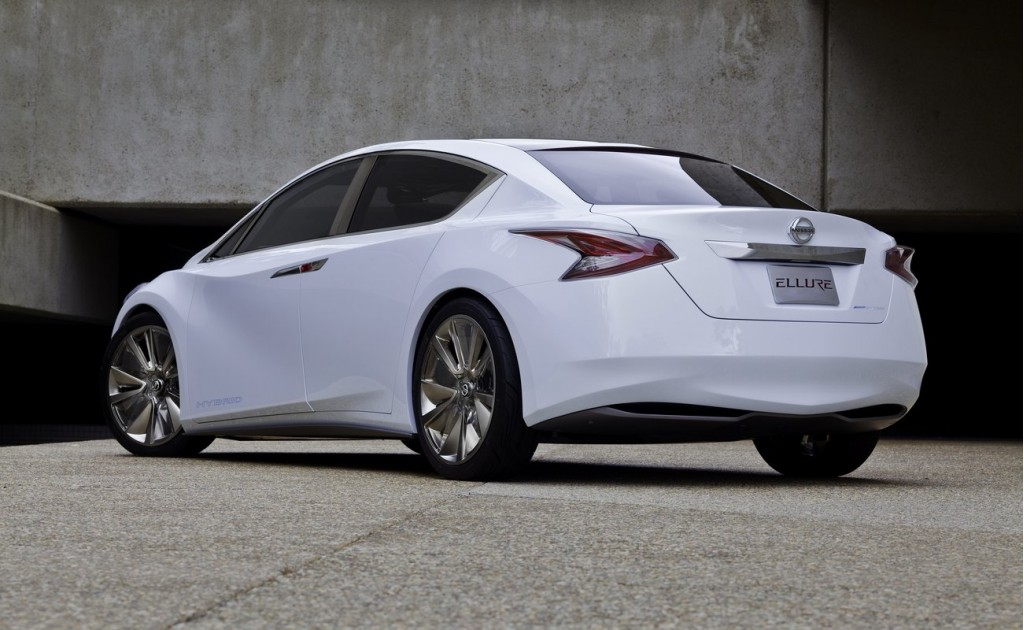 2011 Nissan Altima Pictures/Photos Gallery - The Car Connection