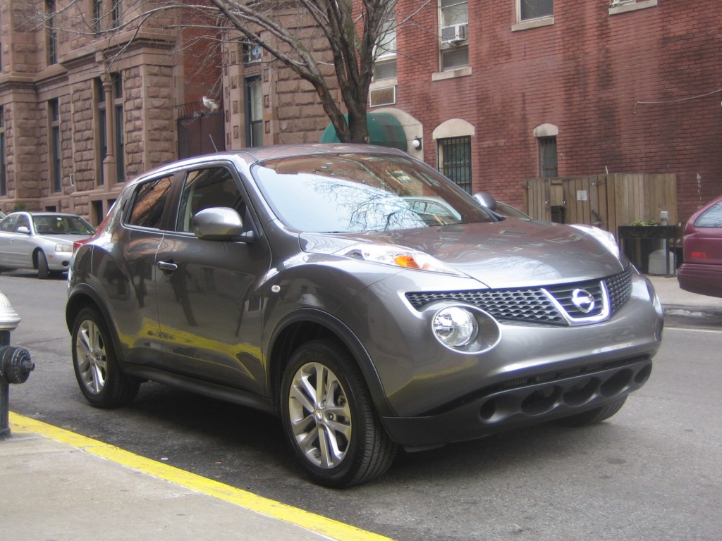 2011 Nissan Juke SV AWD CVT, New York CIty, January 2011
