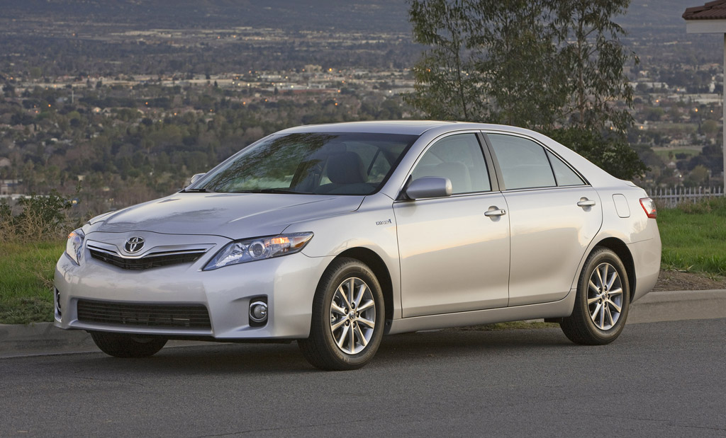 2011 toyota camry hybrid pictures photos gallery motorauthority. Black Bedroom Furniture Sets. Home Design Ideas