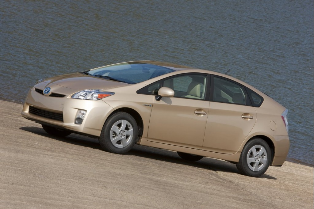 2011 Toyota Prius Pictures Photos Gallery Motorauthority