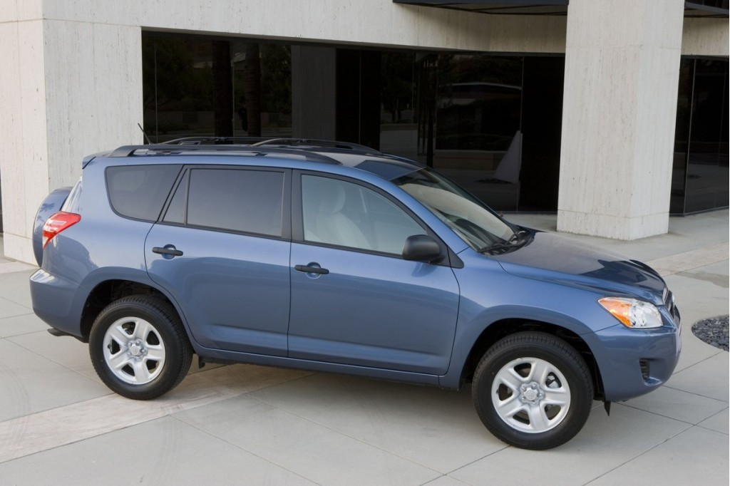 2011 toyota rav4 recall alert. Black Bedroom Furniture Sets. Home Design Ideas