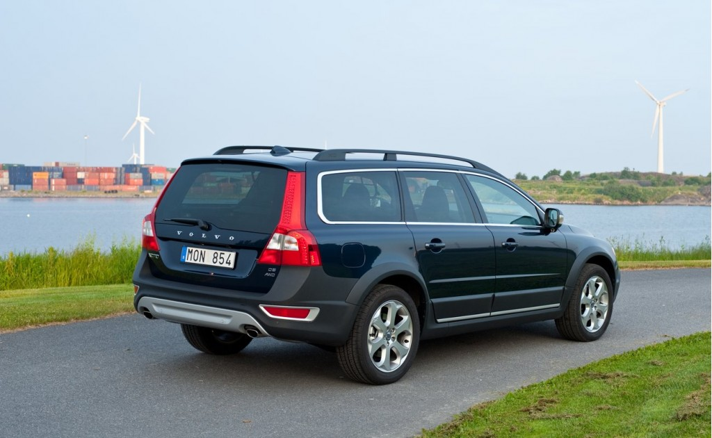 2013 volvo xc70 pictures photos gallery green car reports. Black Bedroom Furniture Sets. Home Design Ideas