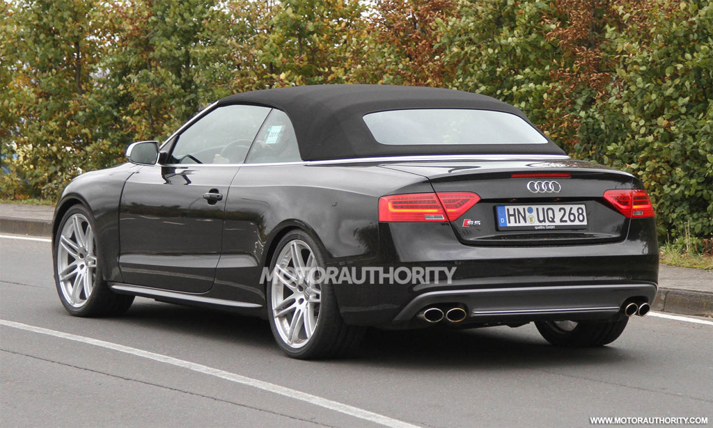 2013 audi rs5 cabriolet likely headed to the u s. Black Bedroom Furniture Sets. Home Design Ideas