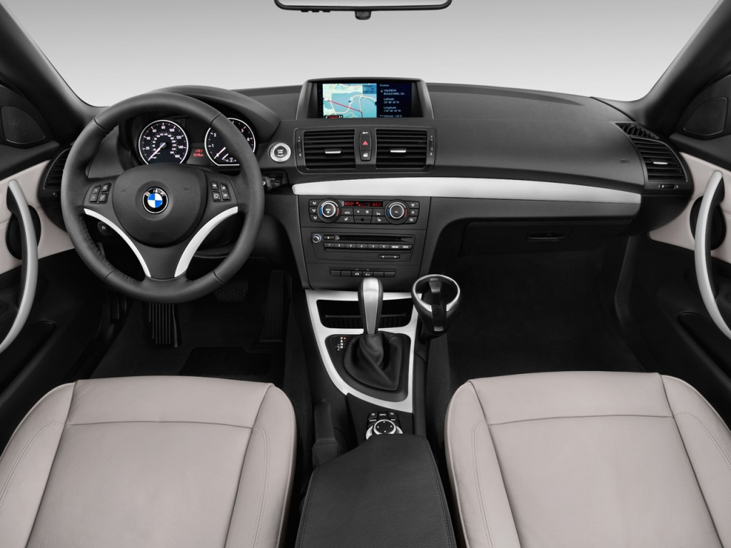 Image 2012 Bmw 1 Series 2 Door Convertible 128i Dashboard