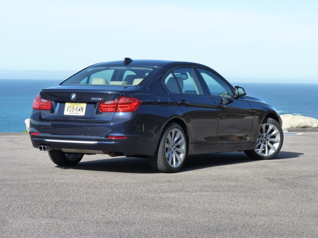2012 BMW 3-Series Pictures/Photos Gallery - Green Car Reports