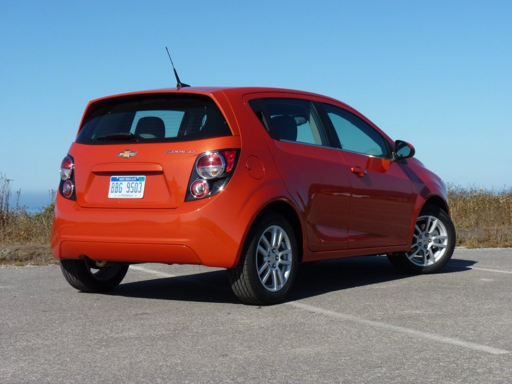 2012 chevrolet sonic chevy pictures photos gallery green car reports. Black Bedroom Furniture Sets. Home Design Ideas