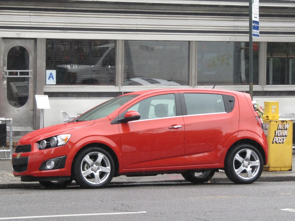 2012 Chevrolet Sonic  Chevy  Pictures  Photos Gallery
