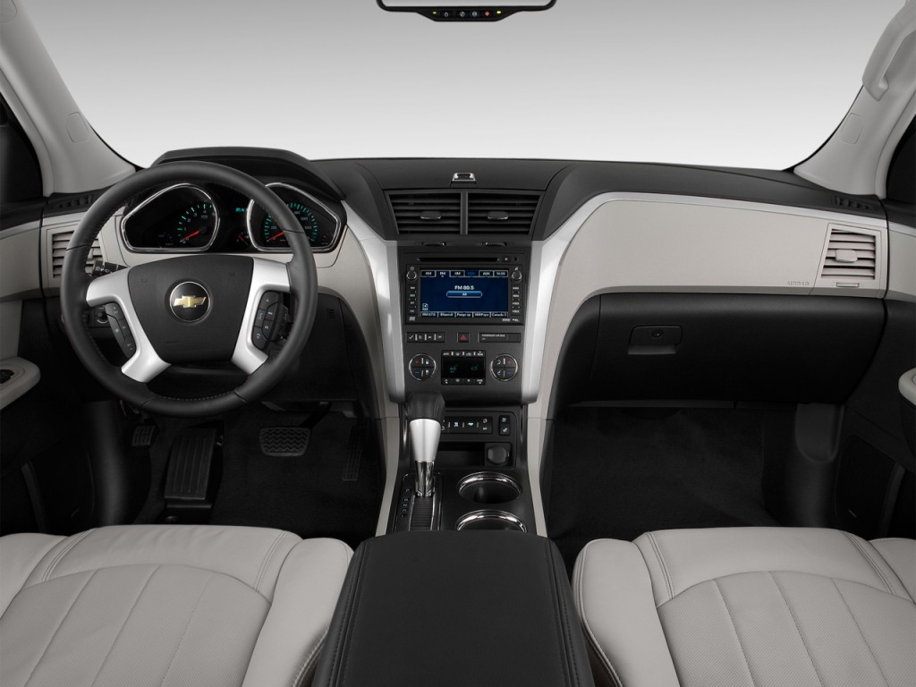 2012 chevrolet traverse consumer reviews edmunds autos post. Black Bedroom Furniture Sets. Home Design Ideas