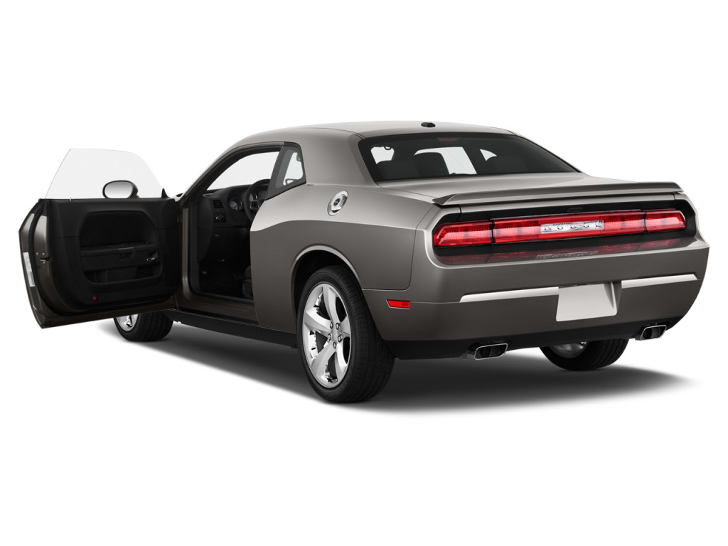 2012 dodge challenger pictures photos gallery motorauthority. Black Bedroom Furniture Sets. Home Design Ideas