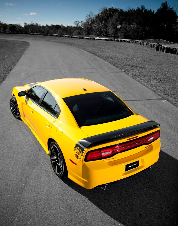 Charger Srt8: 2012 Dodge Charger SRT8 Super Bee To Start Around $40,000