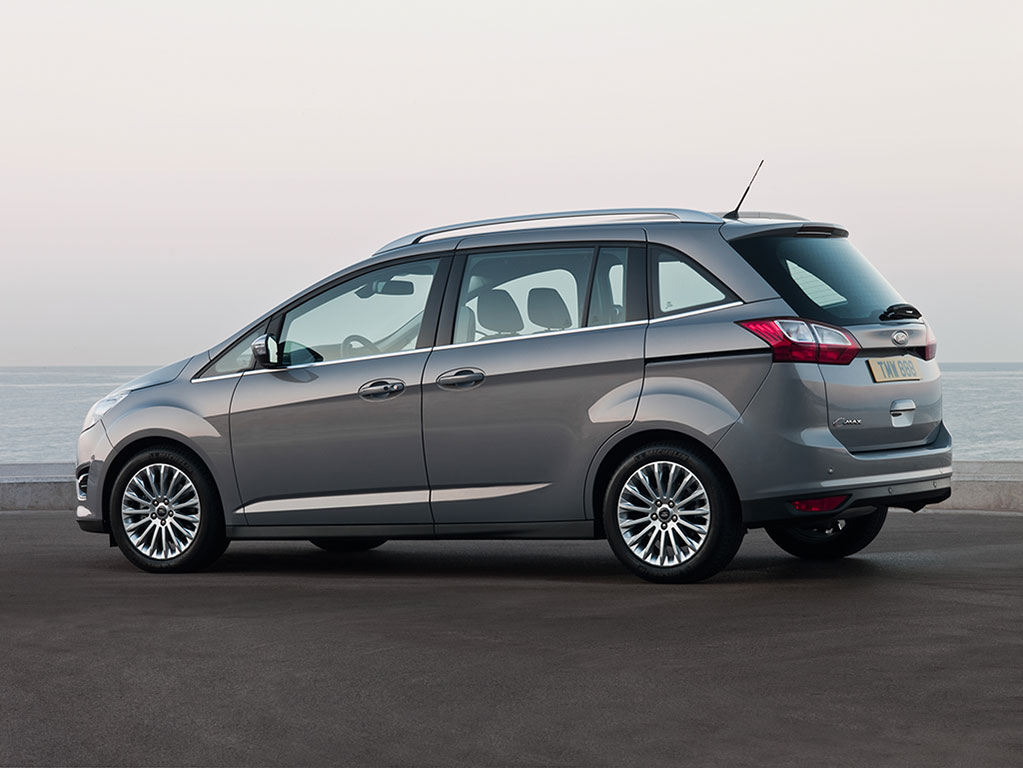 ford bets on minivans getting small with 2012 c max. Black Bedroom Furniture Sets. Home Design Ideas