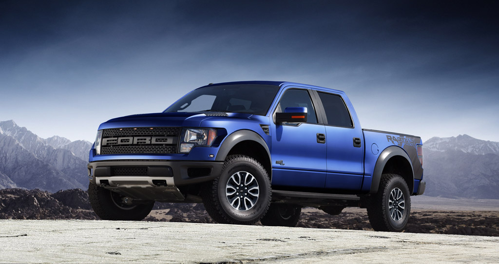 2012 ford f 150 svt raptor gets dirty flaunts features video. Black Bedroom Furniture Sets. Home Design Ideas