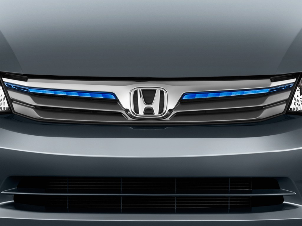 Image: 2012 Honda Civic Hybrid 4-door Sedan L4 CVT Grille ...