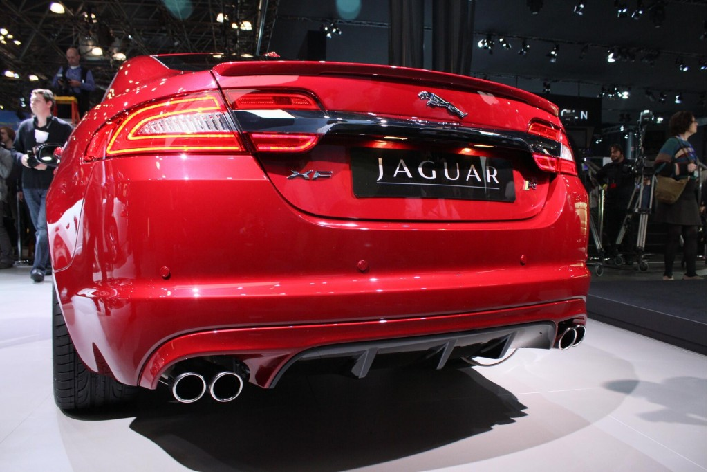 2012 jaguar xf facelift 2011 new york auto show. Black Bedroom Furniture Sets. Home Design Ideas