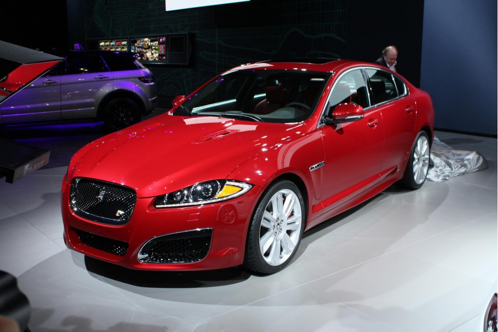 2012 jaguar xfr 2011 new york auto show live photos. Black Bedroom Furniture Sets. Home Design Ideas