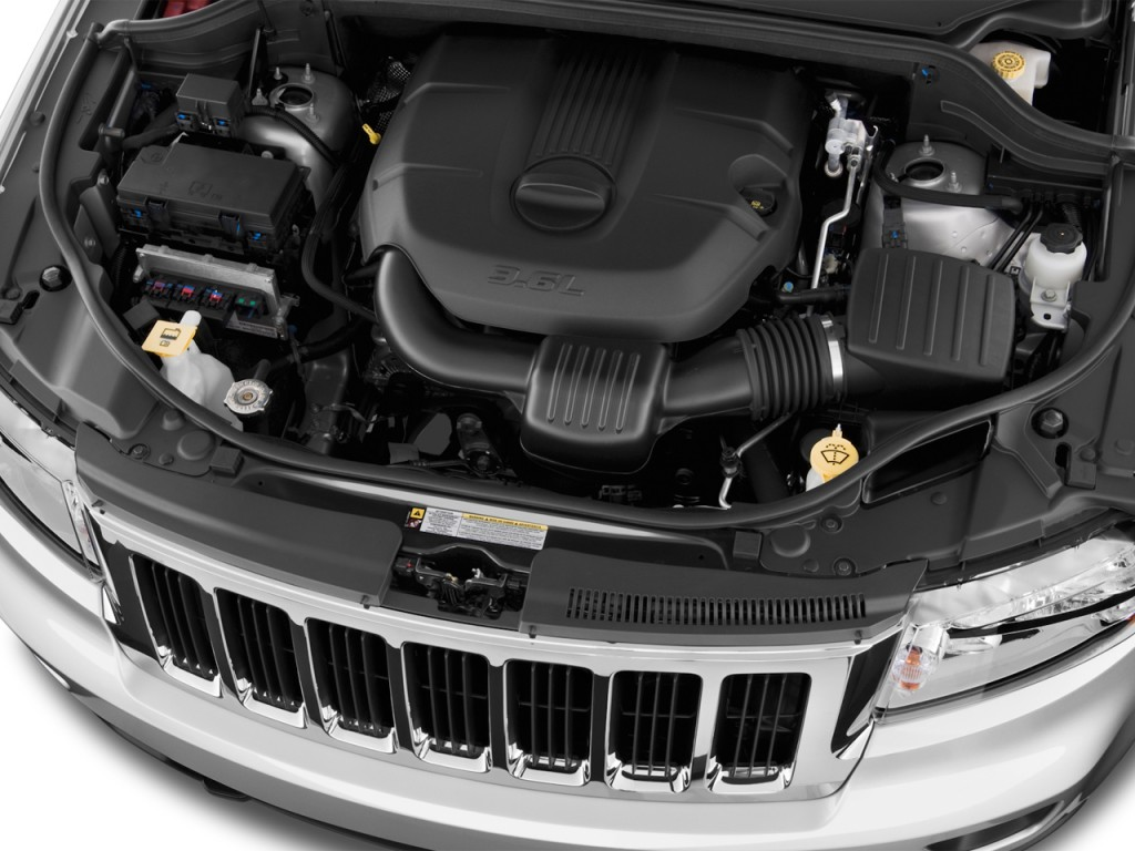 2012 jeep grand cherokee pictures photos gallery. Black Bedroom Furniture Sets. Home Design Ideas
