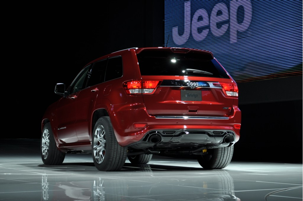 2012 jeep grand cherokee srt8 2011 new york auto show. Black Bedroom Furniture Sets. Home Design Ideas