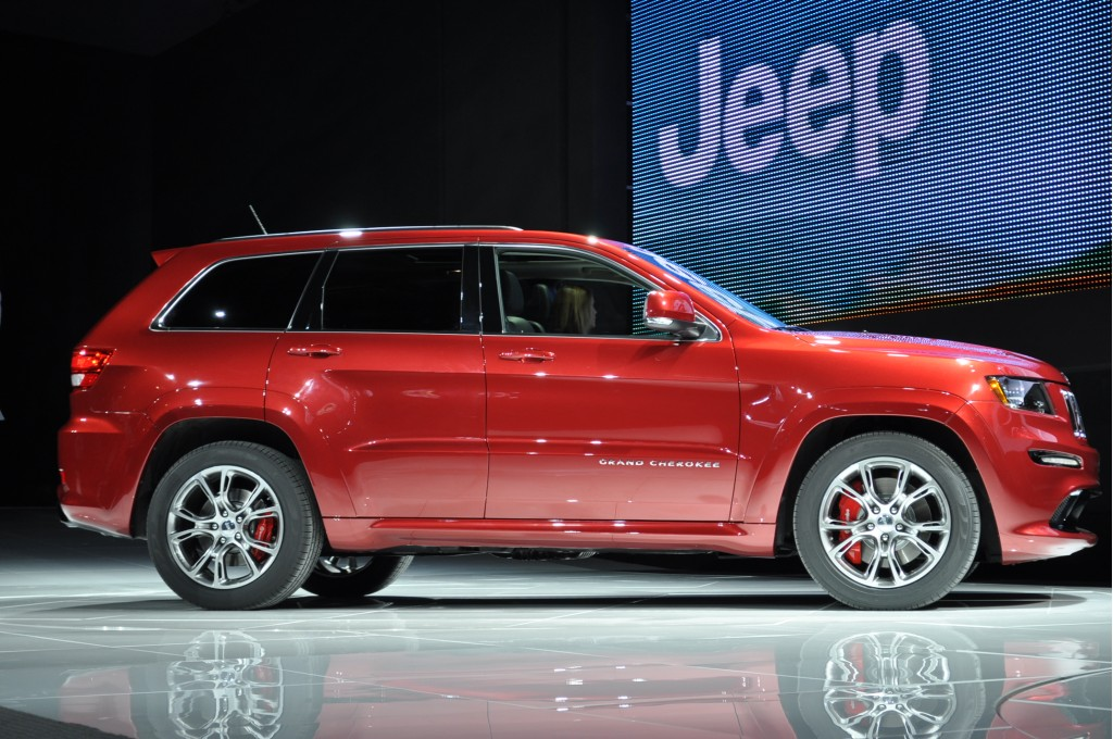 2012 jeep grand cherokee srt8 walkaround video. Cars Review. Best American Auto & Cars Review