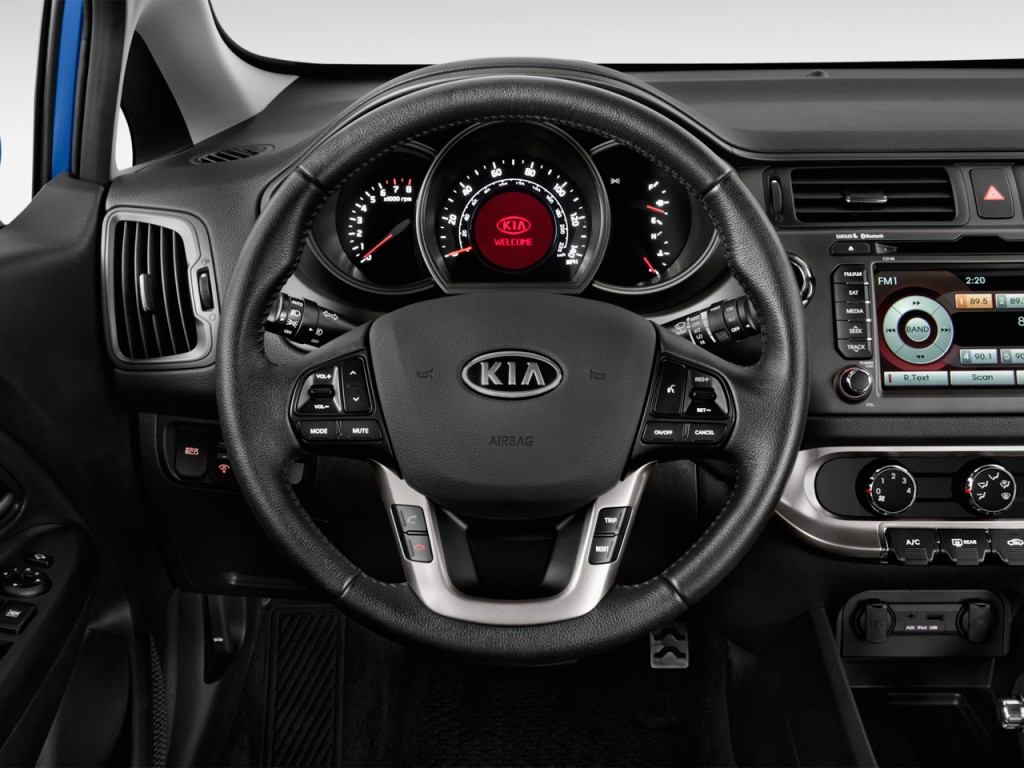 image 2012 kia rio 5dr hb auto sx steering wheel size 1024 x 768 type gif posted on. Black Bedroom Furniture Sets. Home Design Ideas