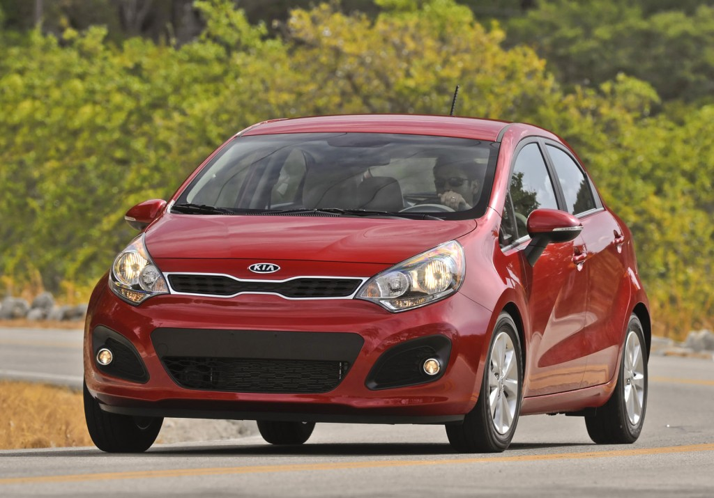 2012 kia rio pictures photos gallery green car reports. Black Bedroom Furniture Sets. Home Design Ideas