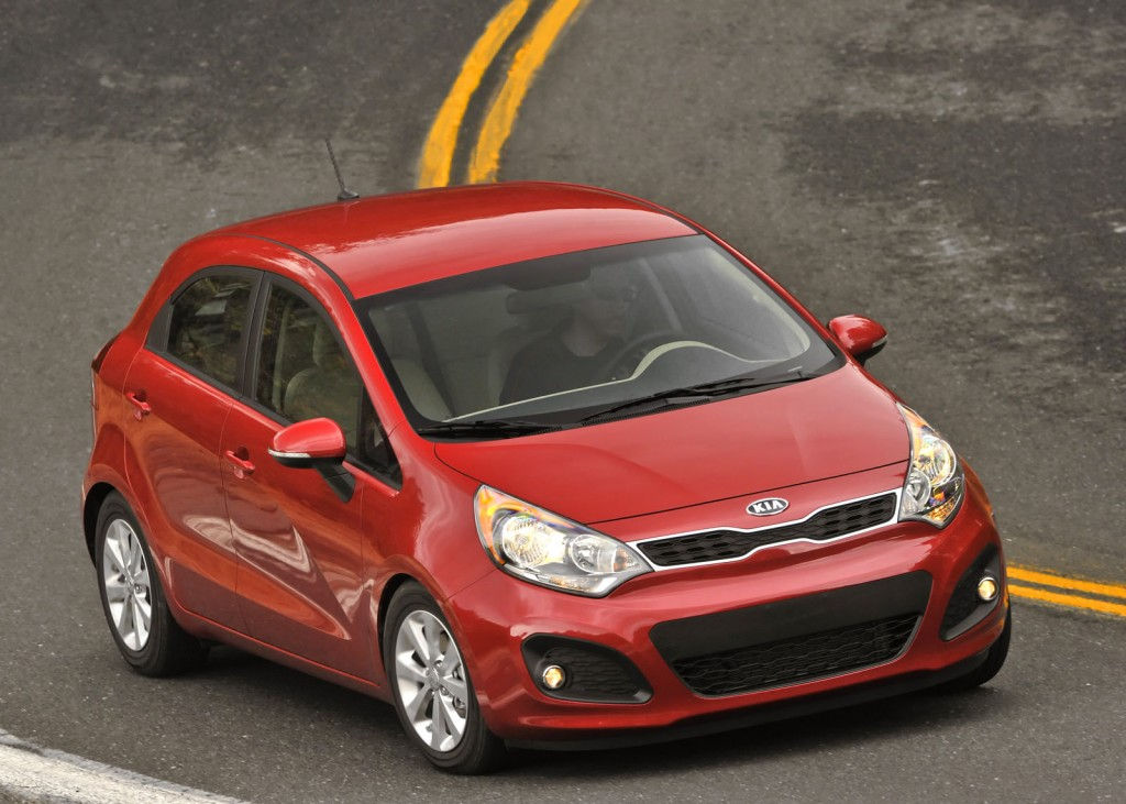 2012 kia rio ex 2012 honda fit earn top subcompact rankings. Black Bedroom Furniture Sets. Home Design Ideas