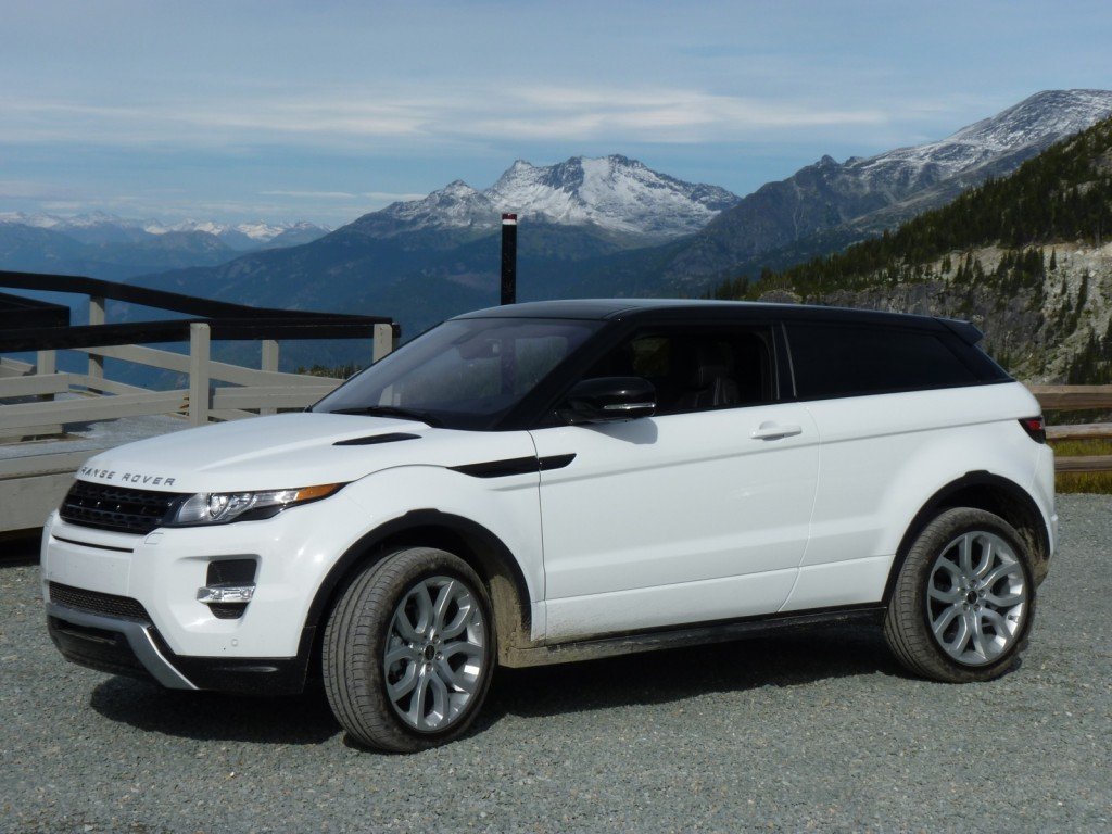 2012 land rover range rover evoque pictures photos gallery. Black Bedroom Furniture Sets. Home Design Ideas