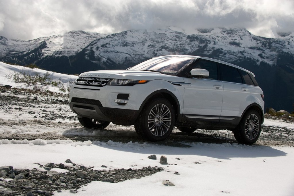 2012 land rover range rover evoque first drive off road page 2. Black Bedroom Furniture Sets. Home Design Ideas