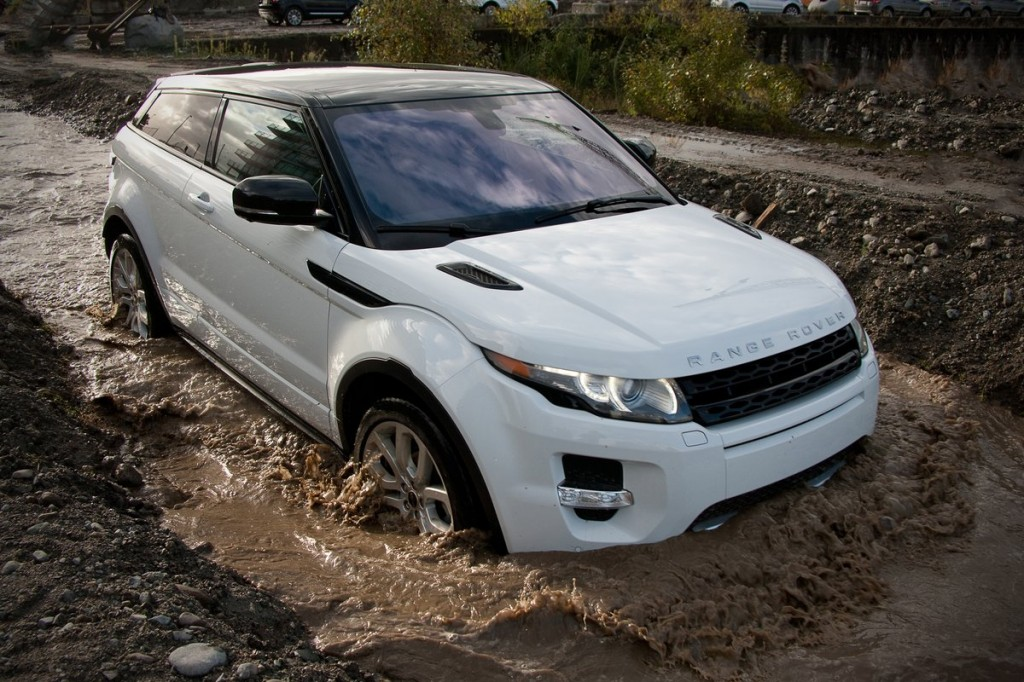 2012 best car to buy nominee 2012 land rover range rover evoque. Black Bedroom Furniture Sets. Home Design Ideas