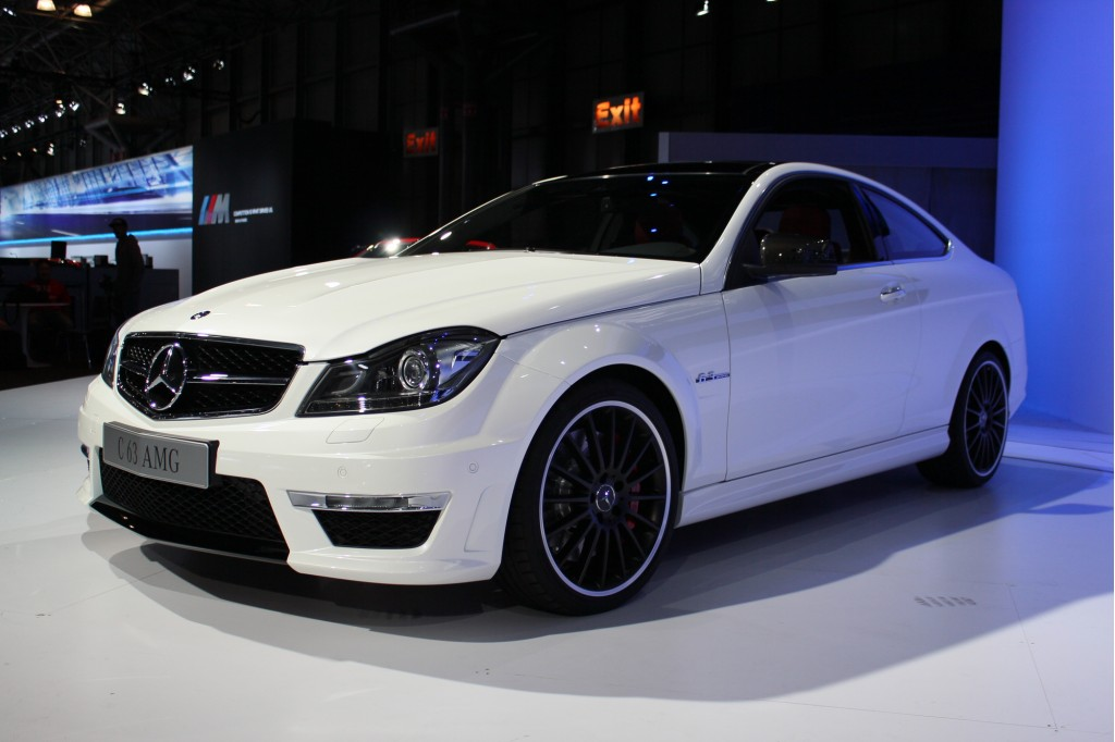 2012 mercedes benz c63 amg coupe 2011 new york auto show live photos - 2012 mercedes c63 amg coupe ...