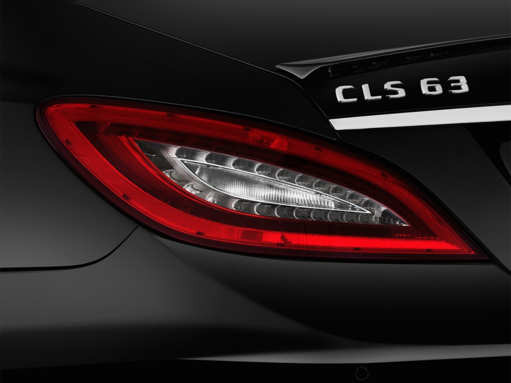 Image 2012 mercedes benz cls class 4 door sedan cls63 amg for Mercedes benz door lights