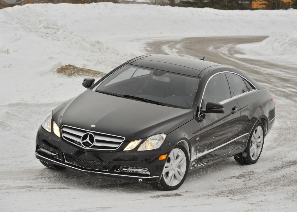 2012 mercedes benz e350 4matic coupe walkaround video for Mercedes benz com connect